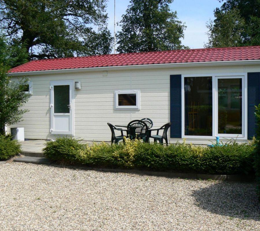 Camping-Zuid-Ginkel-Ede_chalets_03.jpg